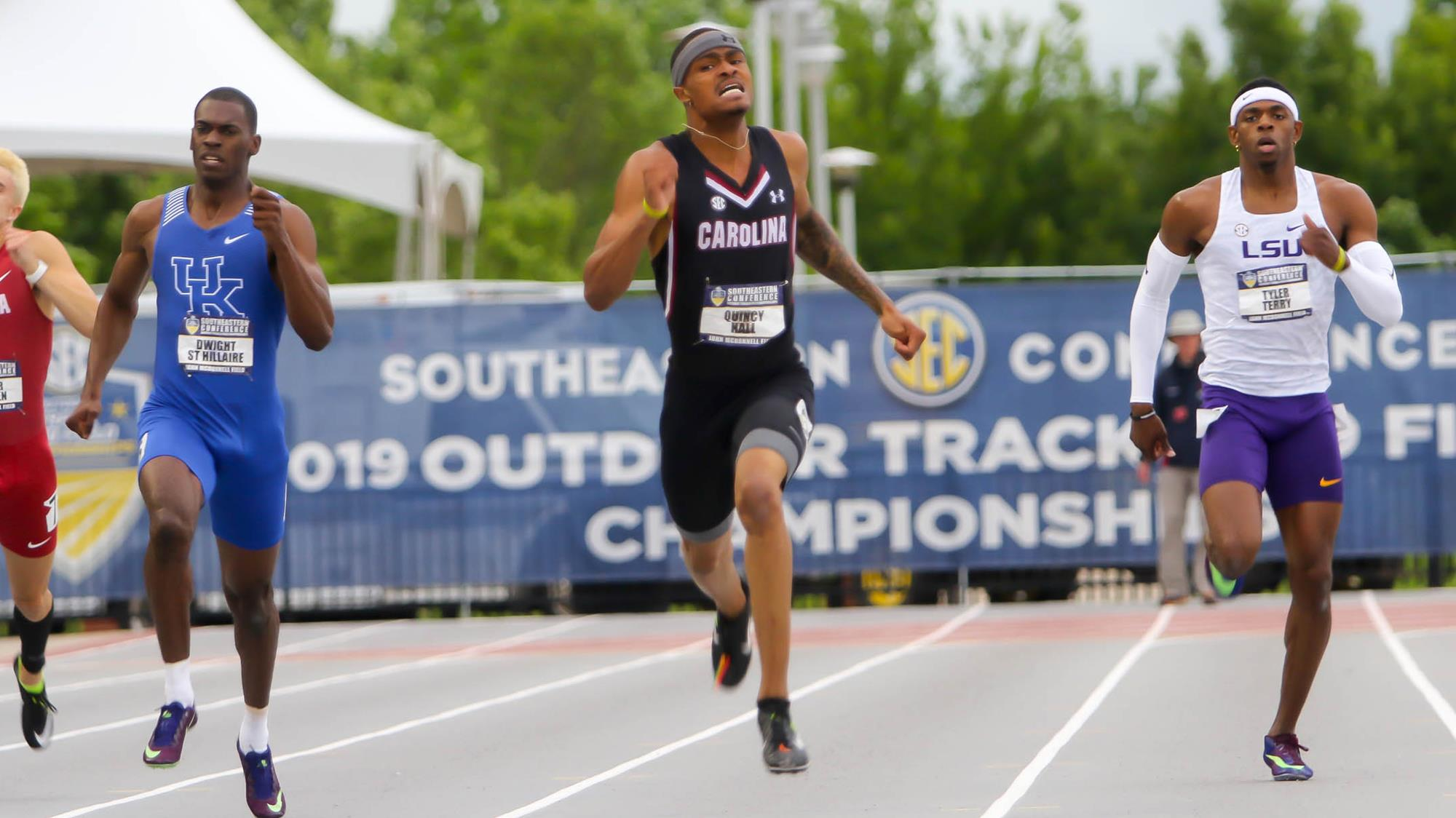 Quincy Hall - Track and Field - University of South Carolina Athletics