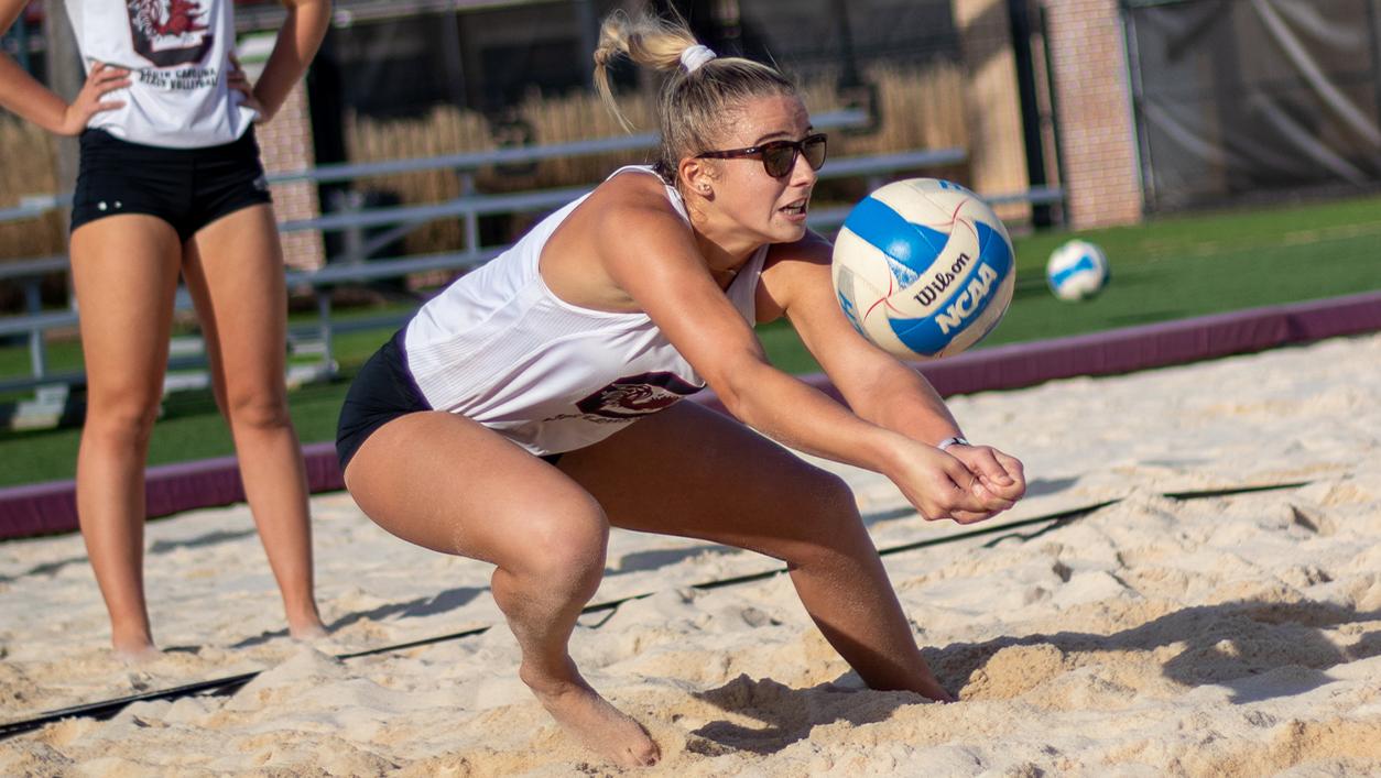 Kaeli Crews Women S Beach Volleyball University Of South Carolina Athletics