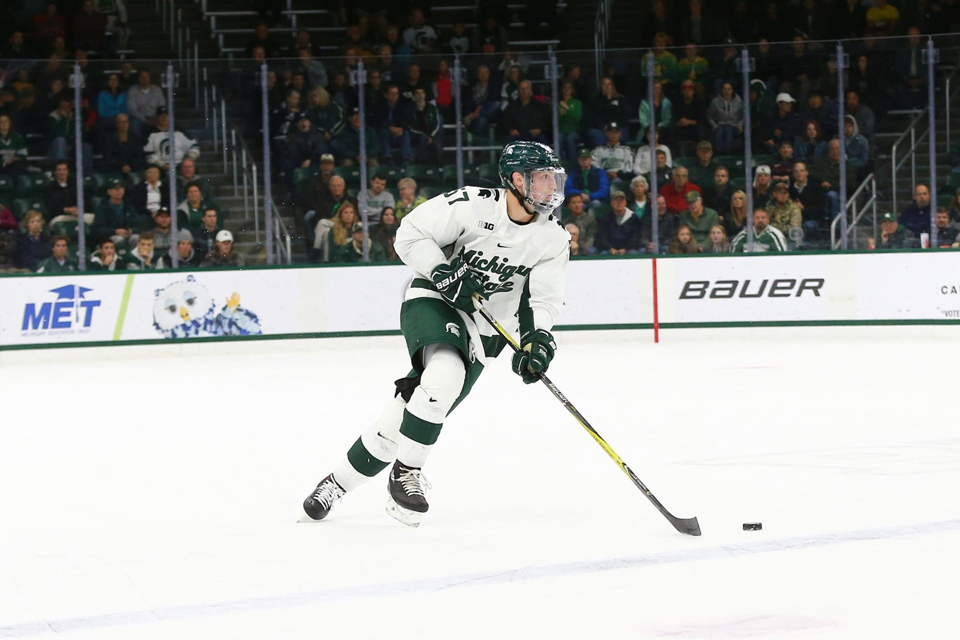 Jerad Rosburg - Men's Ice Hockey - Michigan State University