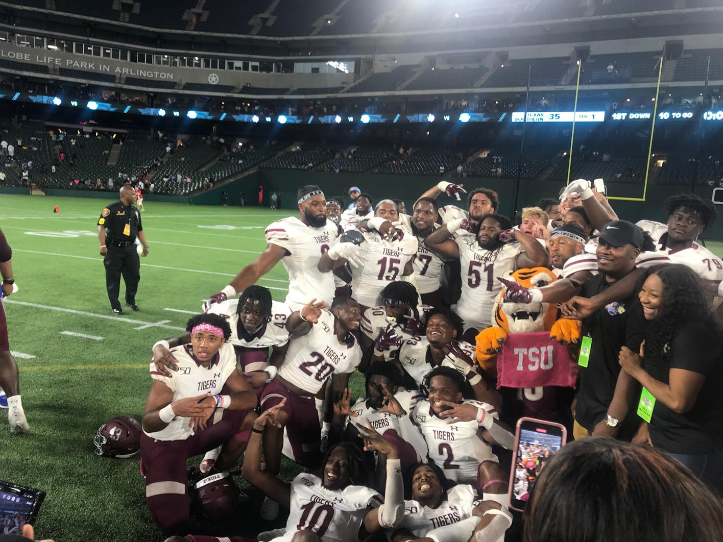 Tigers Defeat Southern To Claim Arlington Showdown Win, SWAC Victory