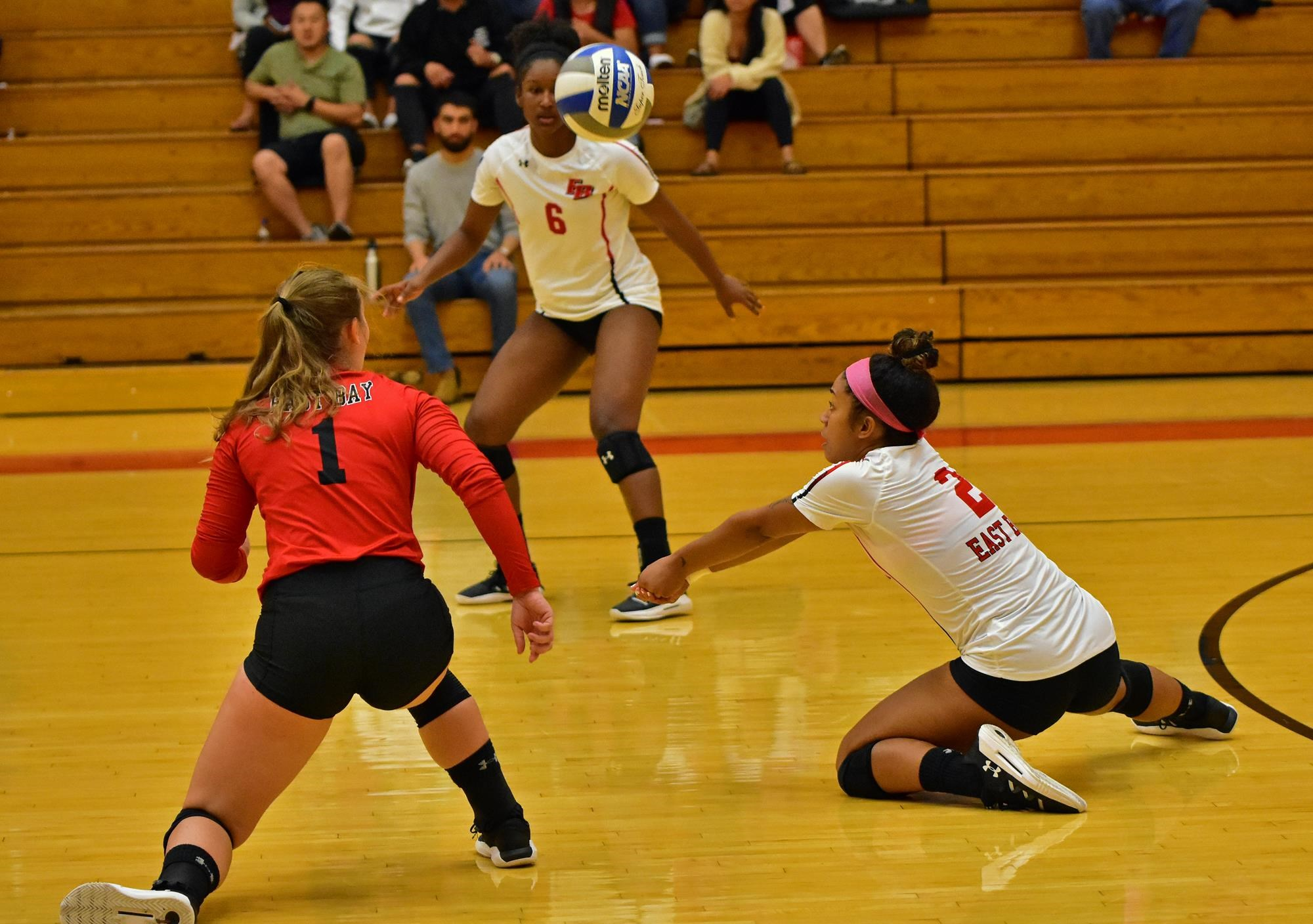 Deja Thompson - Womens Volleyball - Cal State East Bay