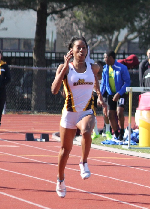 Women's Outdoor Track And Field Competes At Greyhound ...