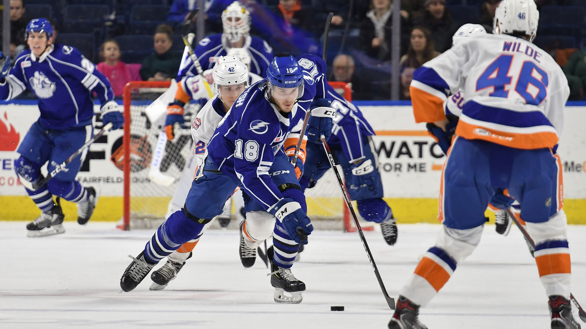 Sound Tigers steal 3-2 win over Crunch