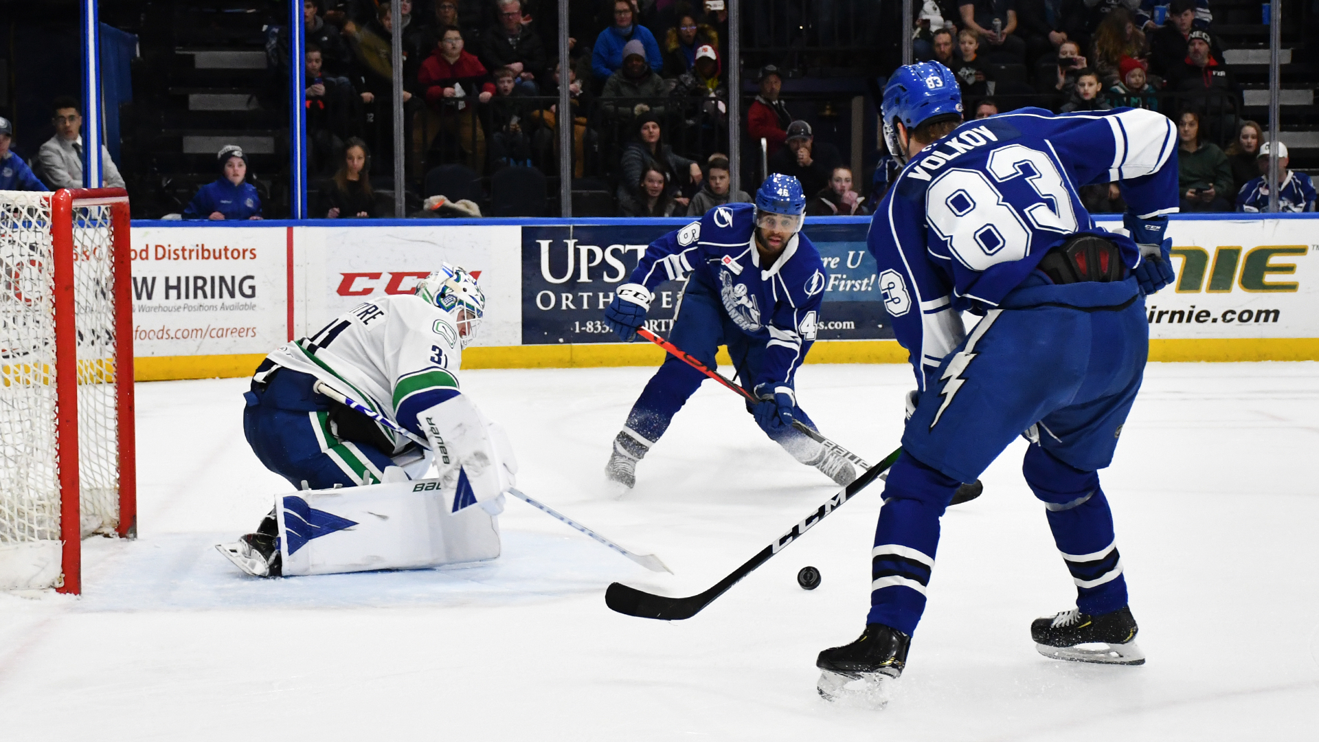 Crunch defeat Comets, 4-2