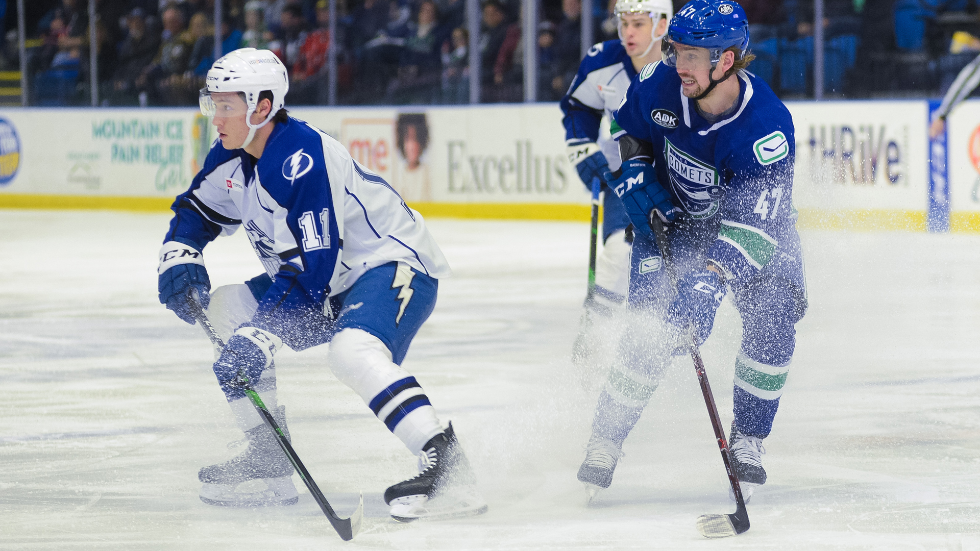 Crunch edged by Comets, 5-4, in shootout