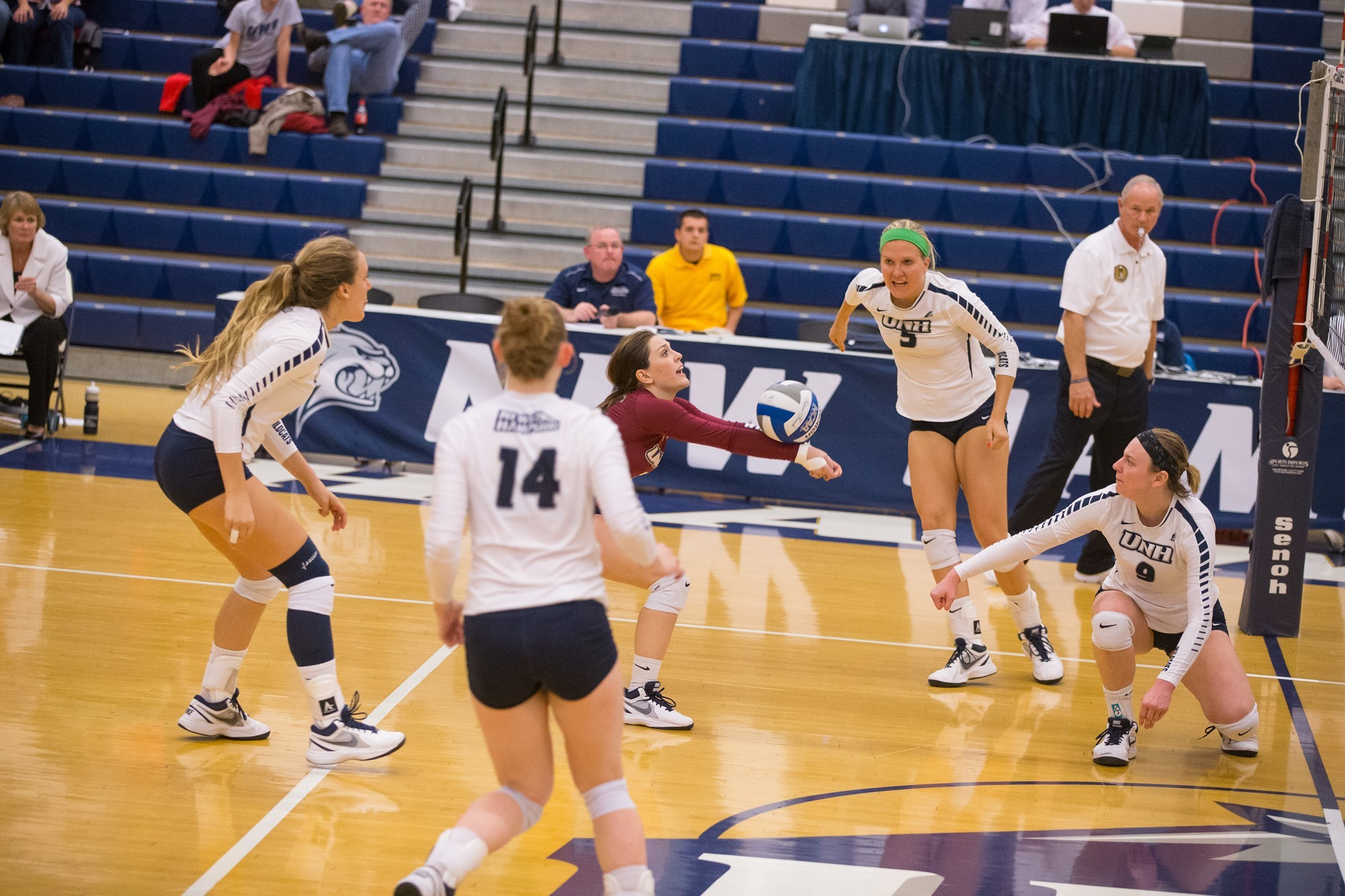 Madison Lightfoot 2015 Volleyball University Of New Hampshire Athletics