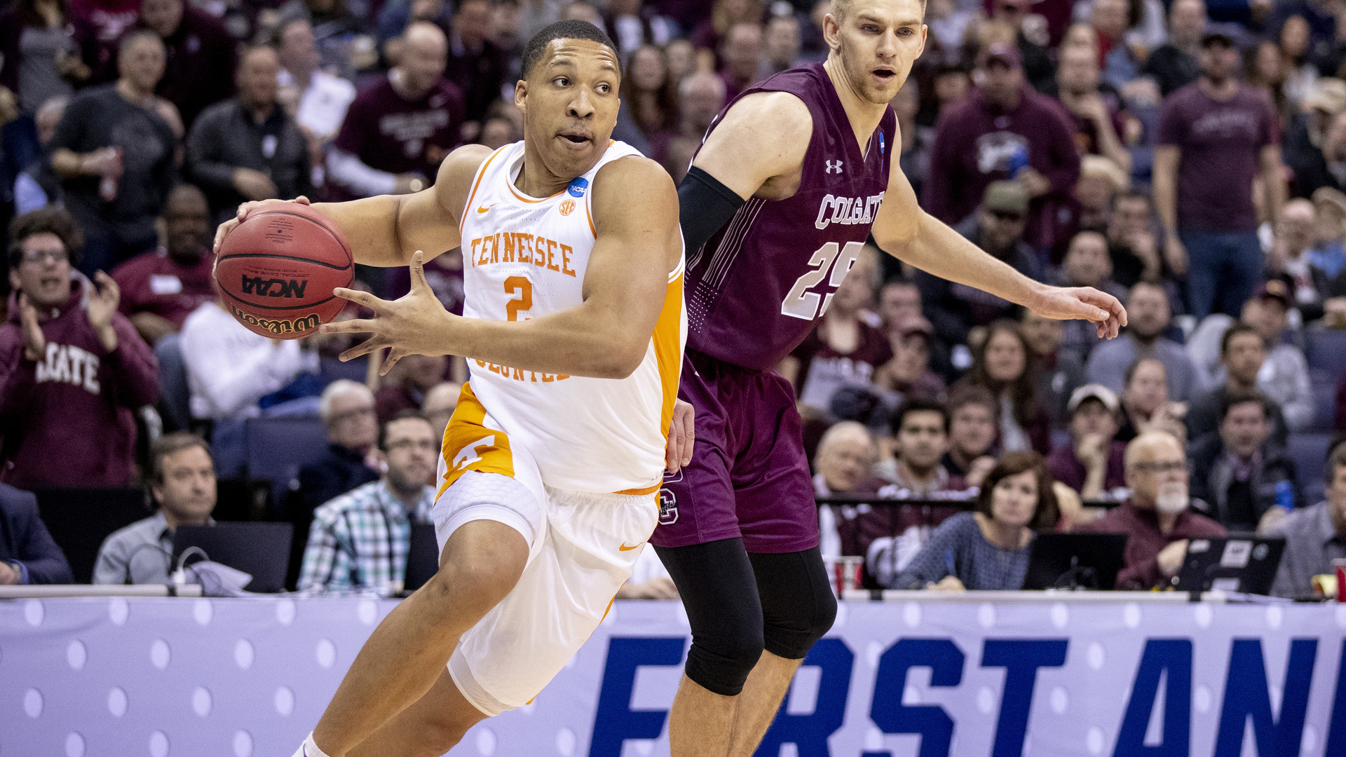a70c8cb5 Grant Williams - Men's Basketball - University of Tennessee Athletics