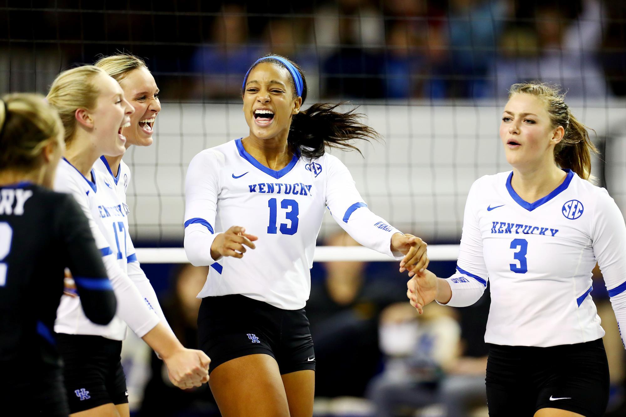 Leah Edmond Volleyball University Of Kentucky Athletics